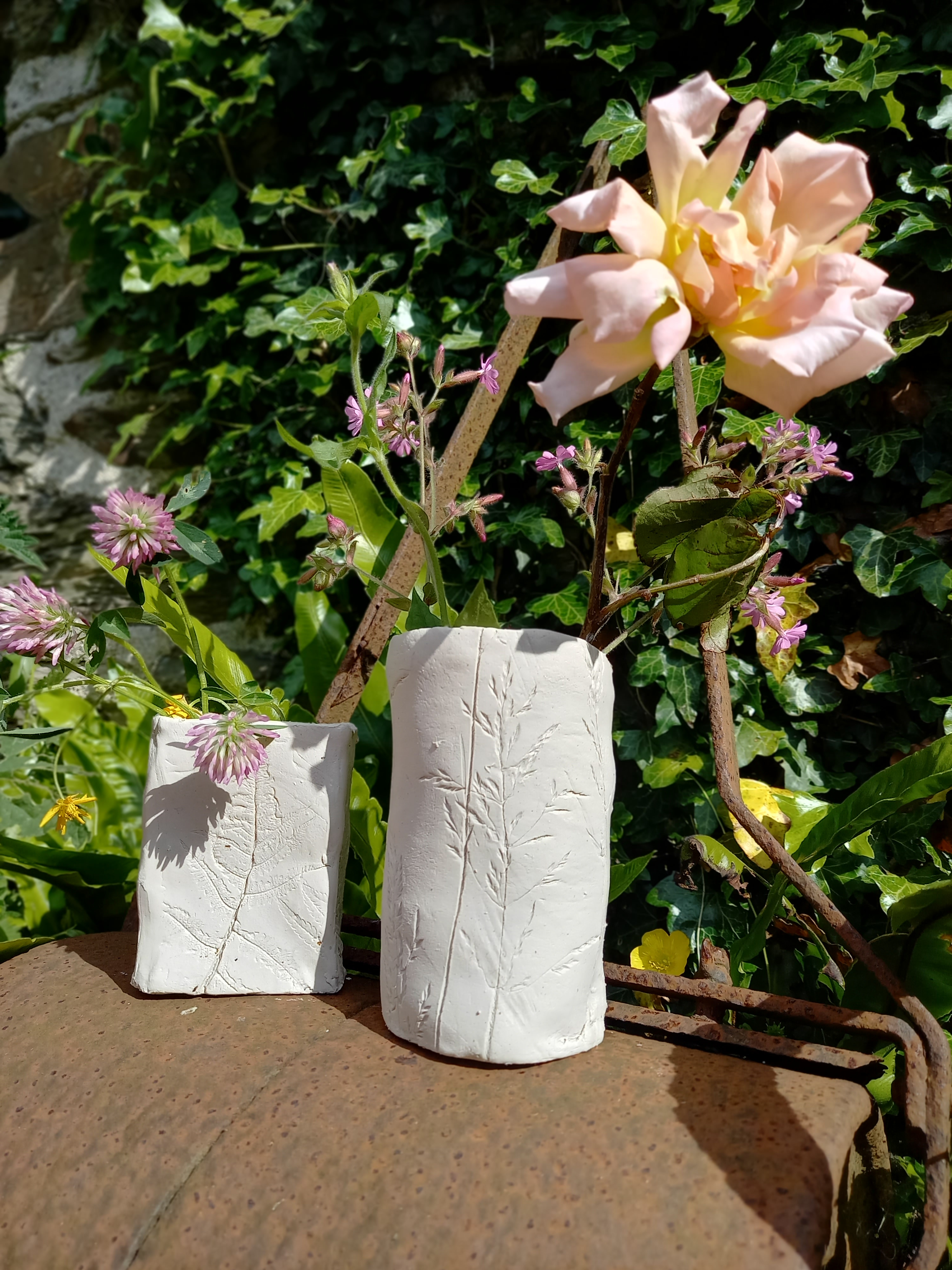 Pot-making Using Textures from Nature