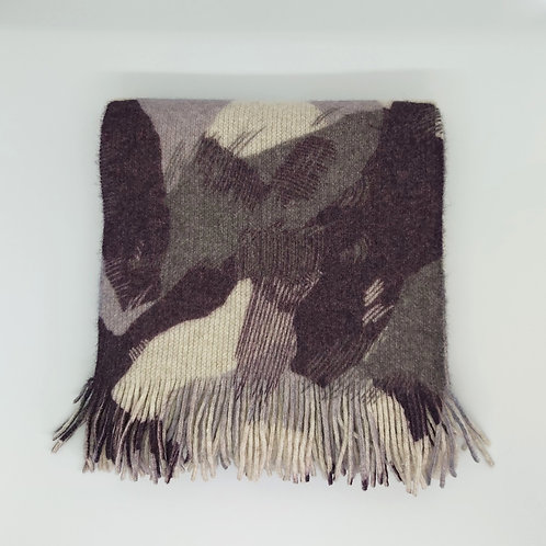 Mono camouflage lambswool knitted scarf