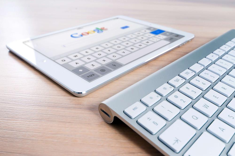 Googlen päivittäessä hakualgoritmiansa 500-600 kertaa vuodessa, on syytä pysyä ajantasalla, mitkä keinot tepsivät ja mihin ei kannata haaskata aikaansa.