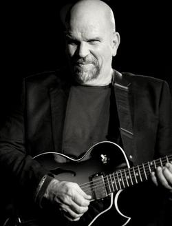 Pacifico Blues - Chris Newland