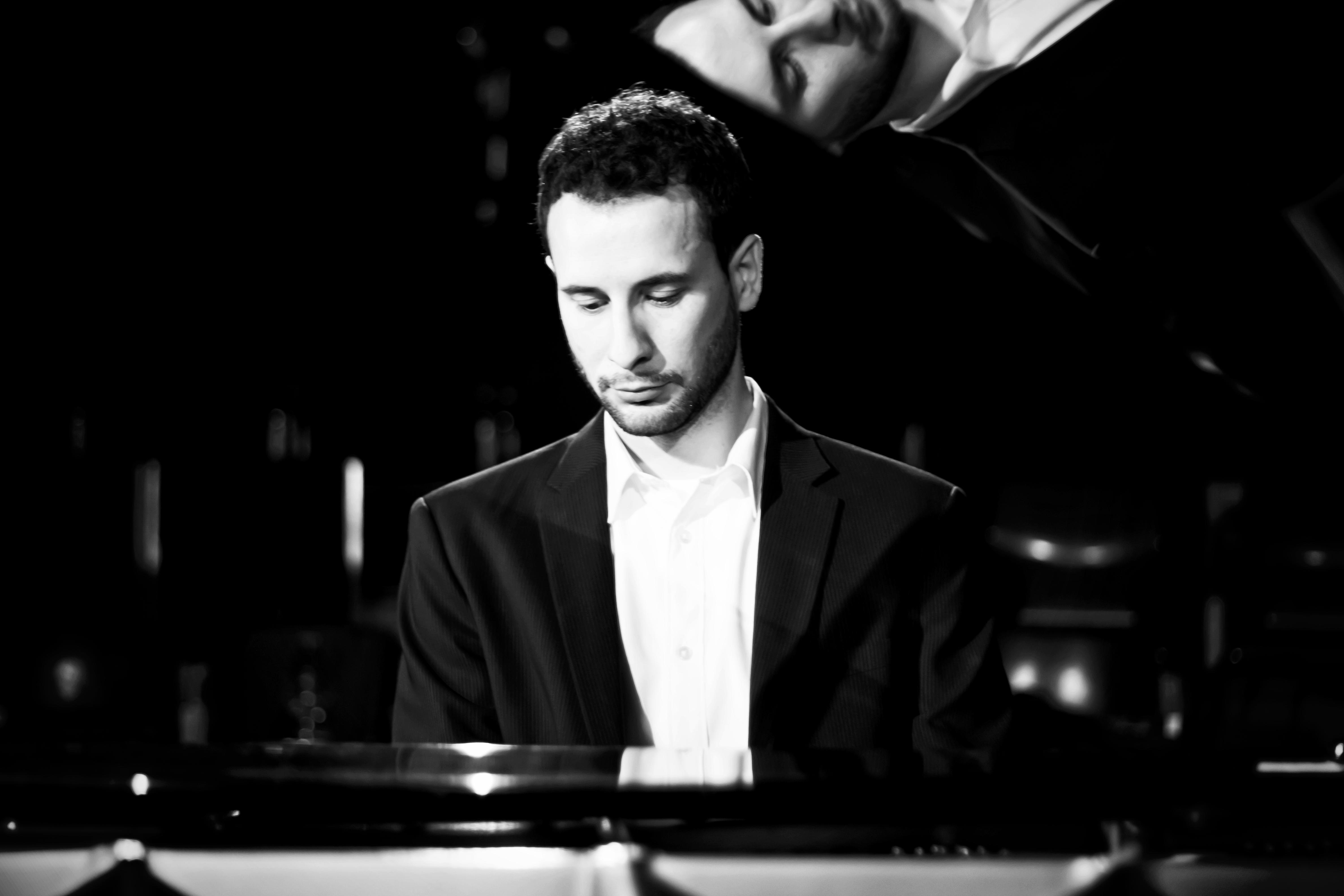 Pianist Steffen Schloesser