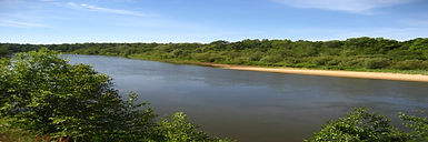 Участки у реки