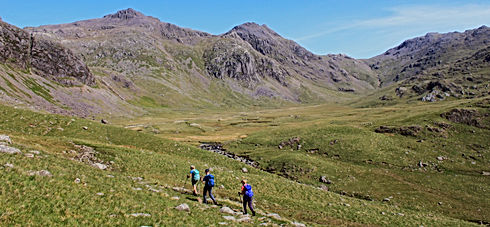 Walking in Eskdale and Scafell massif