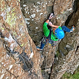 Lead Climbing with Lake District Mountaineering - Climbing at Fairhead