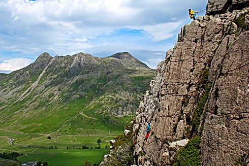 Mountain routes in Langdale with Lake District Mountaineering