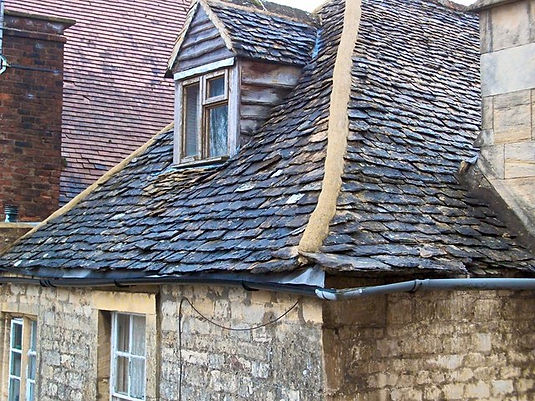 stone roof cotswold.jpg