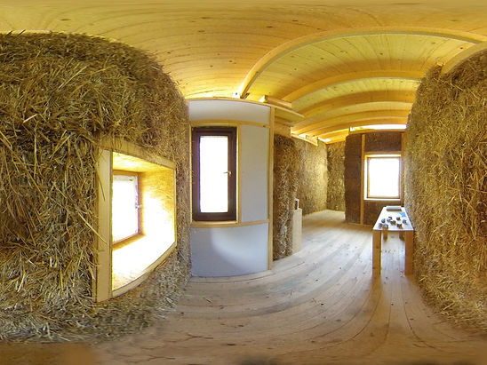 strawbale  house round