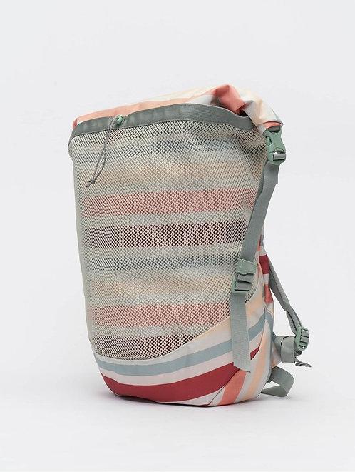 Patagonia Planing Roll Top 35l Женский сочный и очень прочный рюкзак от знаменитого бренда!