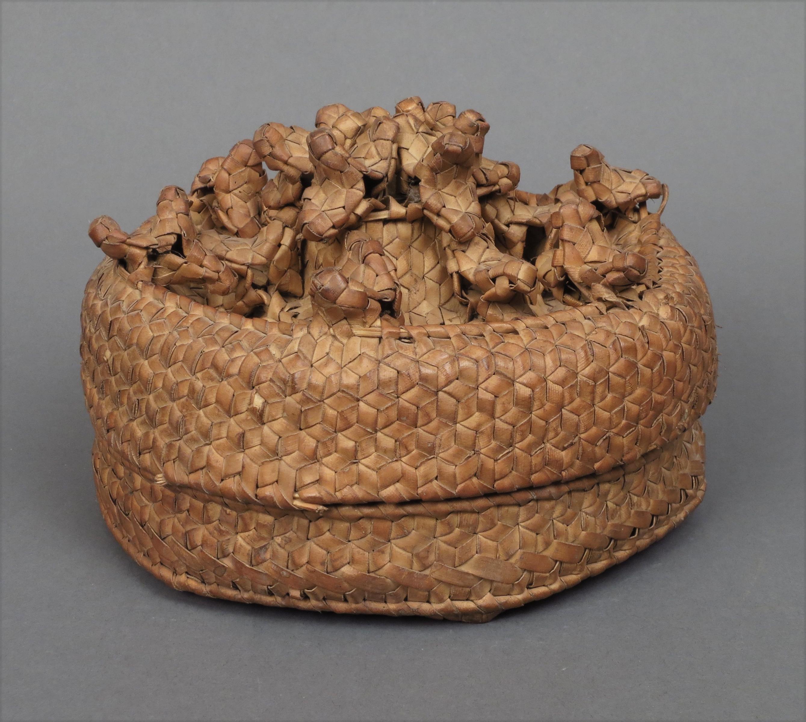 Sumba Chicken Basket2
