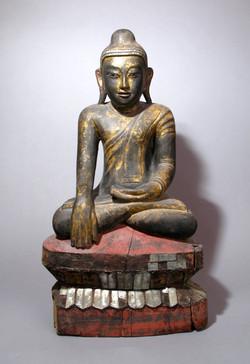 Konbaung Buddha