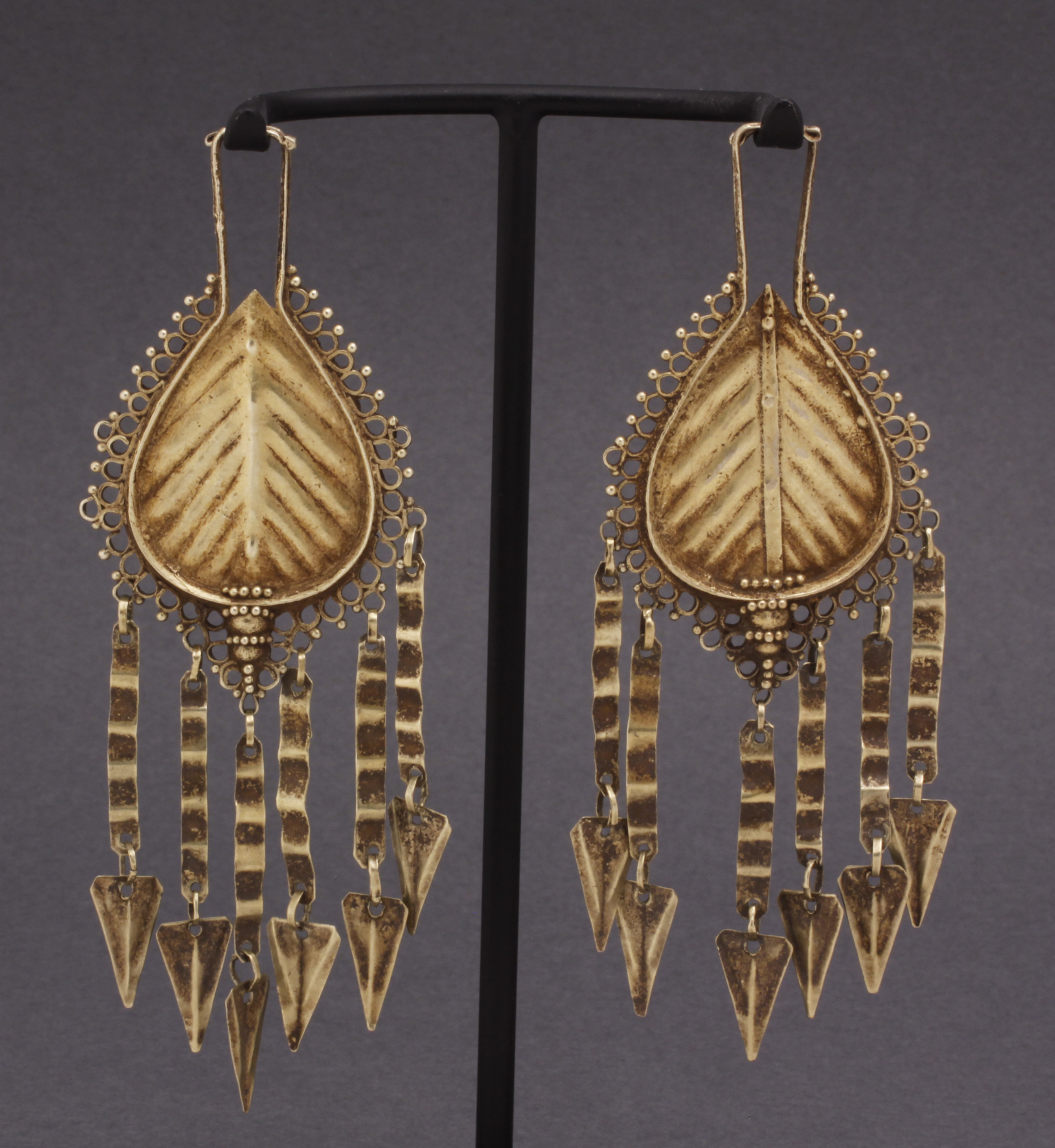 Lio, Flores Isl. Earrings