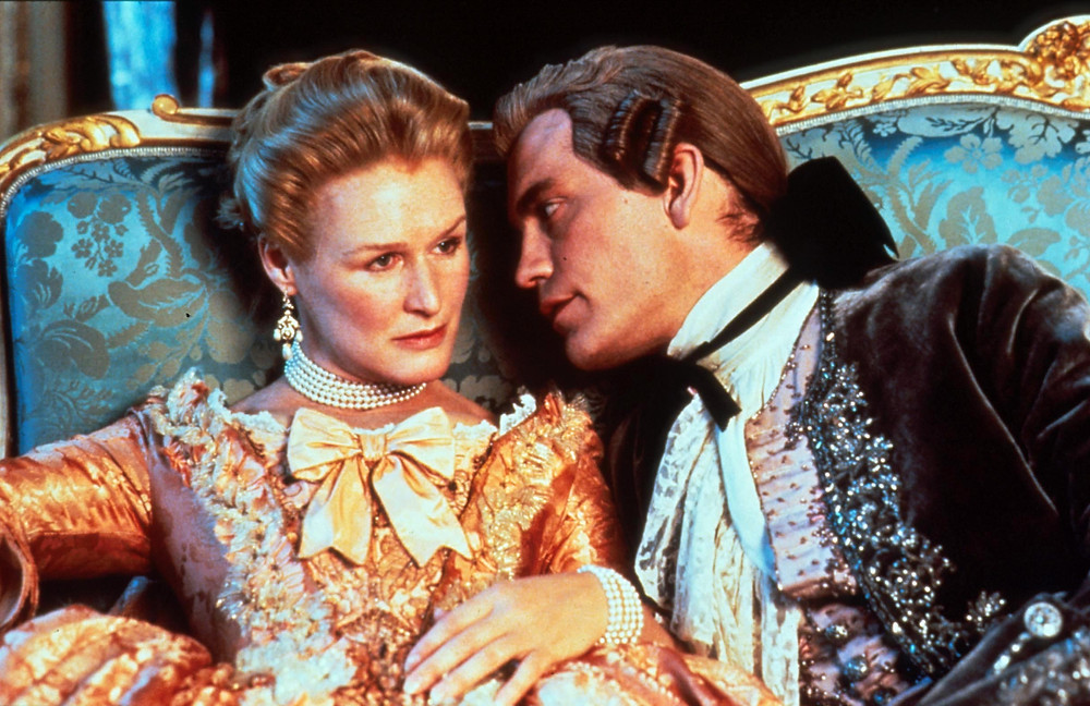 Marquise de Merteuil (Glenn Close), the Vicomte de Valmont (John Malkovich), - A Classic Review
