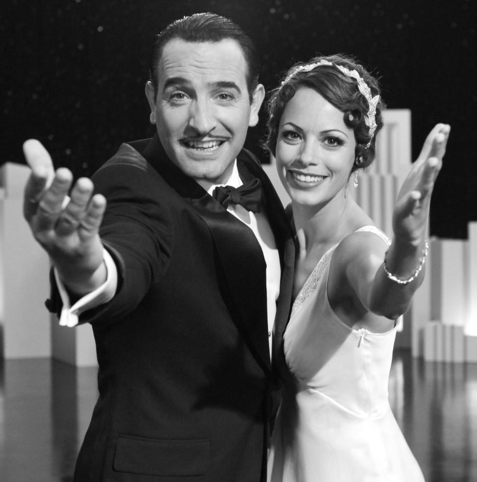 George (Jean Dujardin),  Peppy (Berenice Bejo), - A Classic Review