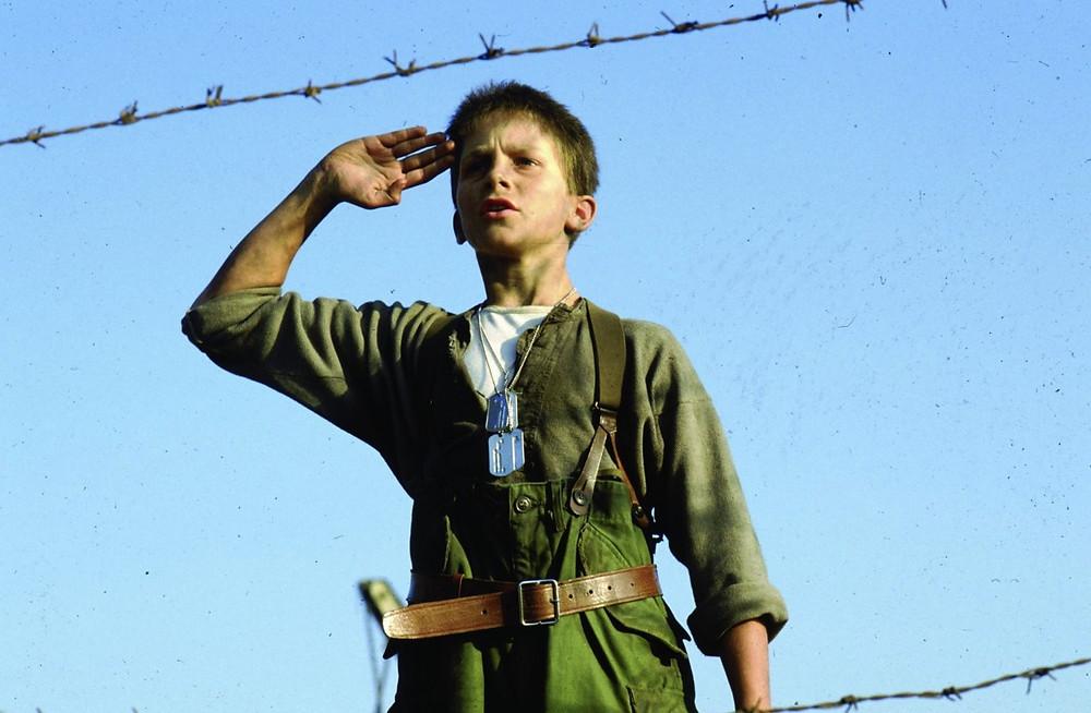 Jim/Jamie (Christian Bale, salutes - A Classic Review