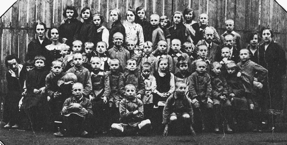 Korczak with children  - A Classic Review