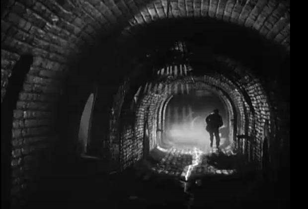 Orson Wells long shot, stone sewer - A Classic Review