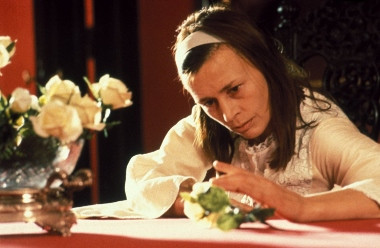 Agnes (Harriet Andersson) - A Classic Review