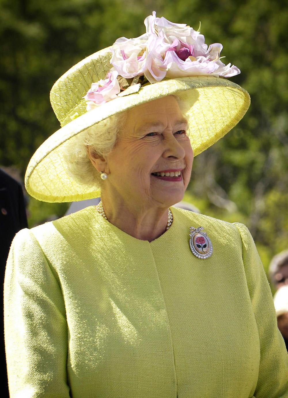 Queen Mum  - A Classic Review