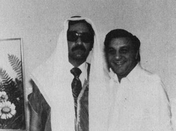 FBI agent posing as Arab Shiek - A Classic Review