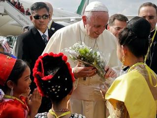Papa chega a Mianmar para visita inédita