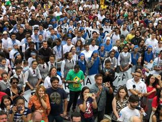 Salvemos as 2 vidas: Milhares se reúnem em São Paulo contra o aborto e o ativismo judicial