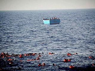 Nova tragédia no Mediterrâneo: a Santa Sé quer corredores humanitários