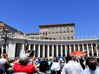 Papa: A Eucaristia é sacramento da carne de Cristo