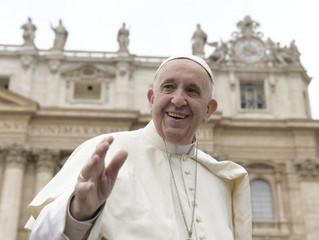 """Papa Francisco: o Batismo """"cristifica"""" o fiel"""