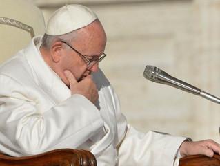 Papa encontra no Vaticano vítimas de abusos do Chile
