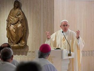 Papa Francisco incentiva os jovens a assumir grandes desafios, como fez São José