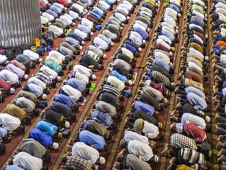 Peregrinação a Meca chega a ponto culminante no Monte Arafat
