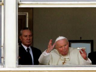 Mordomo de João Paulo II revela milagre por intercessão de Wojtyla