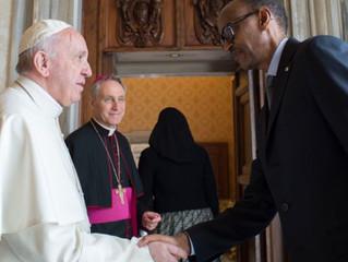 """Papa pede perdão pelos """"pecados e a ausência da Igreja"""" em genocídio de Ruanda"""