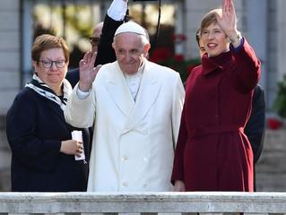Papa na Estônia: ser líder é ser capaz de criar vínculos