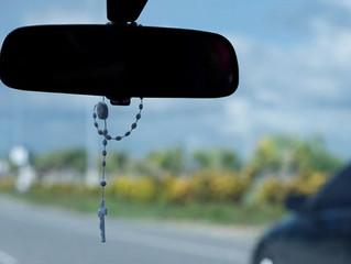 Proíbem colocar terços dentro dos carros nas Filipinas