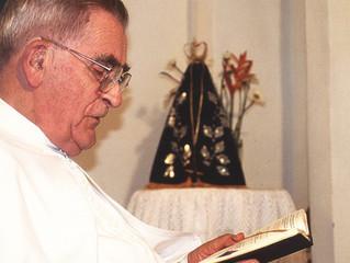 Pe. Werenfried em sua visita ao Brasil para abertura do escritório da ACN no país.