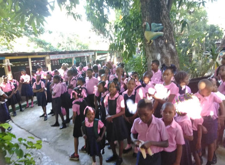 Photos and report from the Special Training Center Foyer d ' Amour d'Haïti, for disabled children