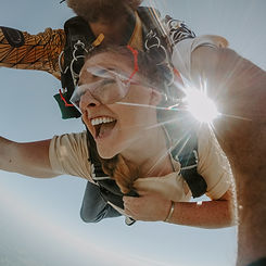 skydive14_edited.jpg