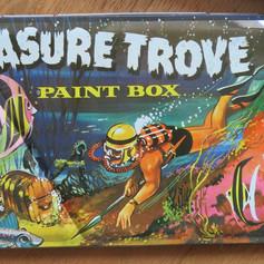 Treasure Trove: vintage paint box