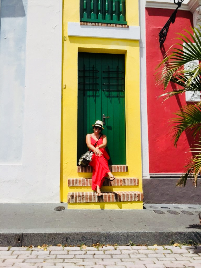 La Casa Estrecha (The Narrow House) on Calle Tetuan in Old San Juan