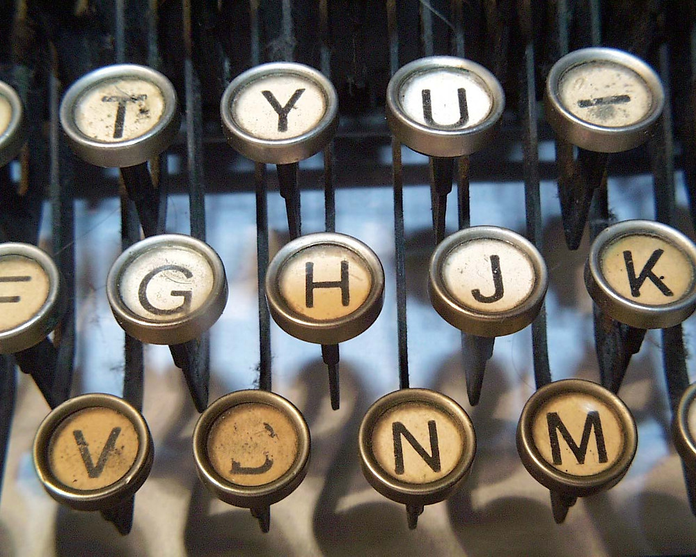 image of typewriter keys