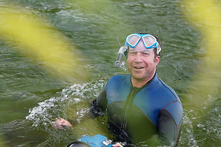 camera-head-media-underwater-5.jpg