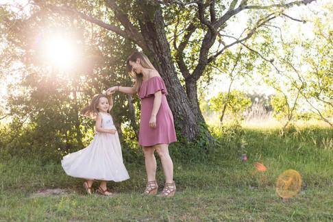 Sara & Kaylin | James Kiehl River Bend Park | Comfort, TX
