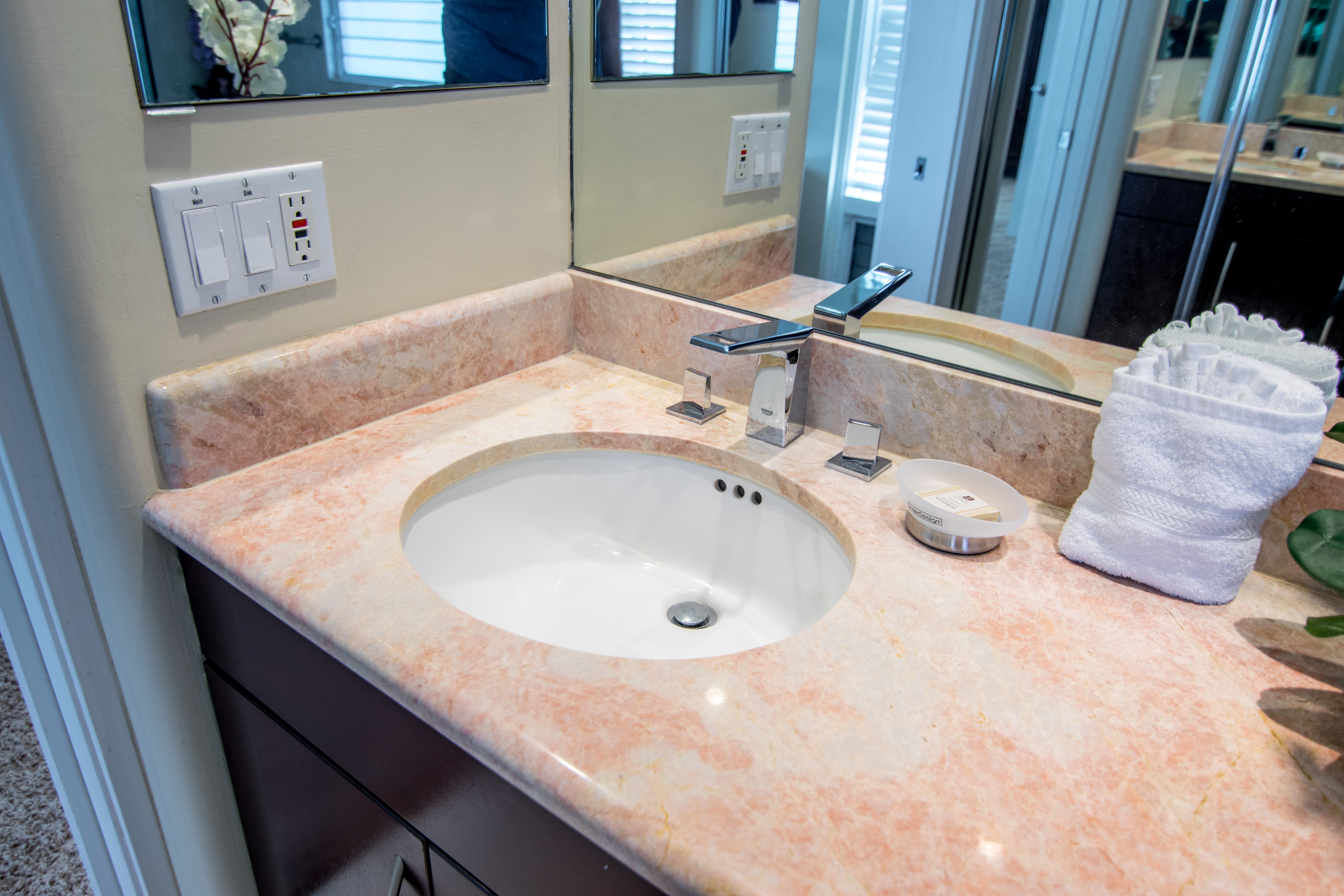 Sparkling Clean Sink