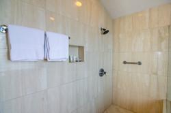 Kapalua Rental Bathroom