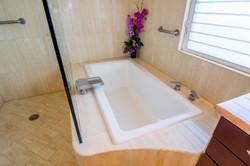 Kapalua Relaxing Tub
