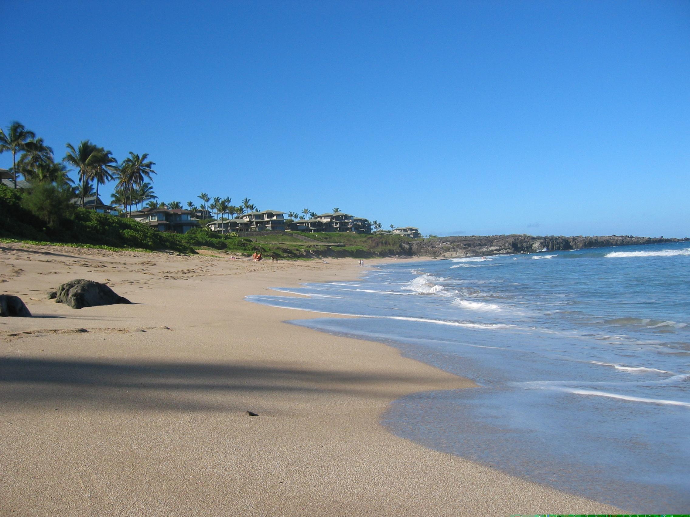 Oneloa Bay