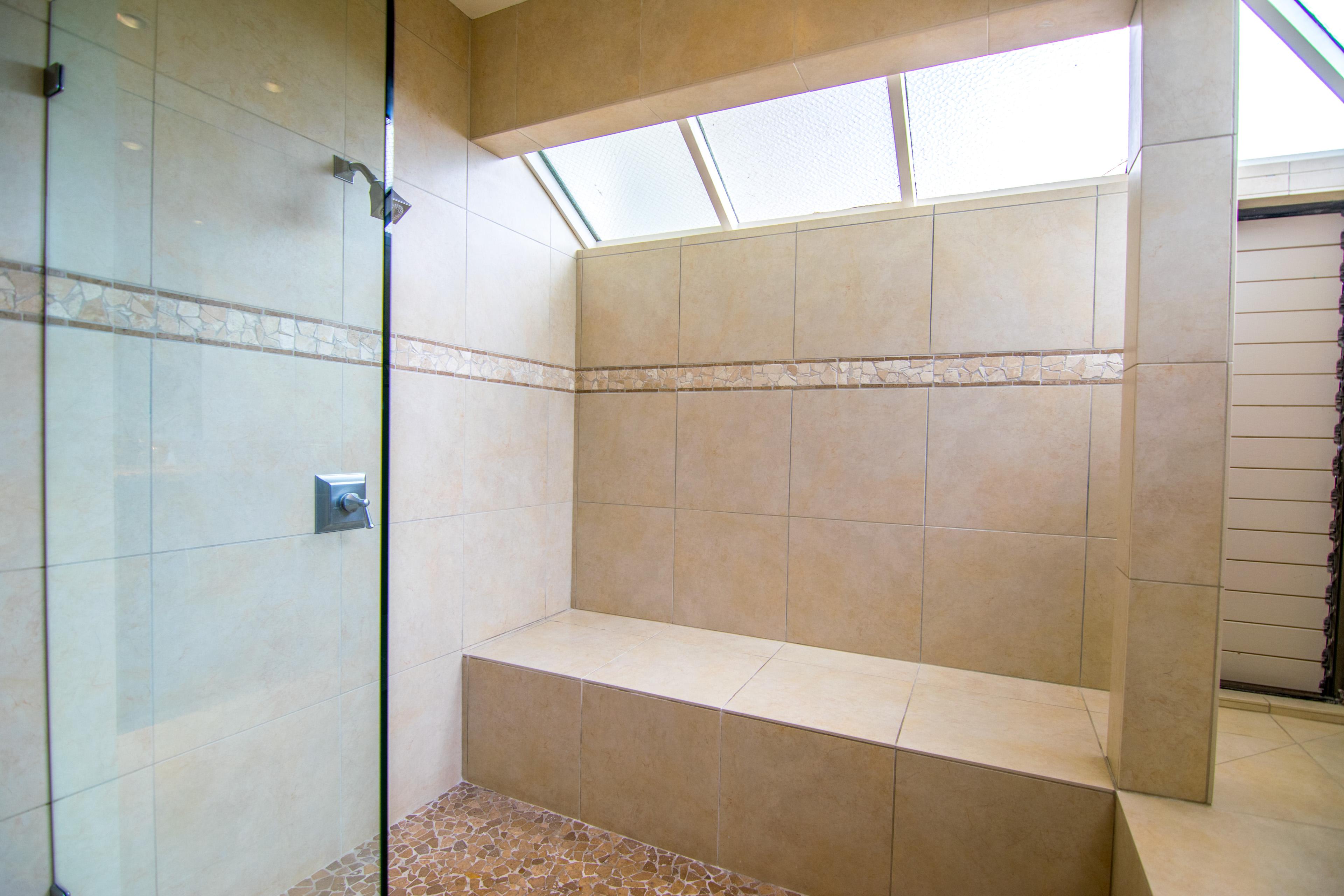 Kapalua Bay Villa Bathroom