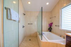 Amazing Spacious Bathroom