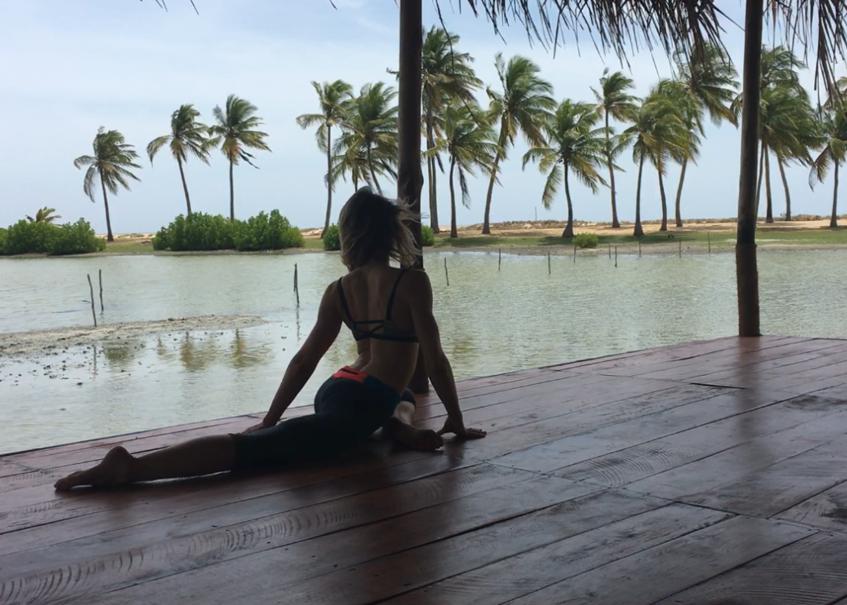 Yoga in front of the ocean